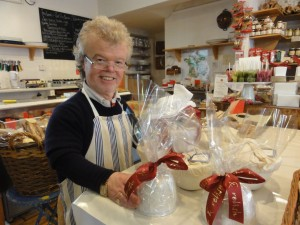 My Sheen Village - Shopping in White Hart Lane - Gusto and Relish - Richard with Christmas Puddings