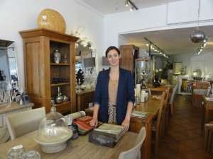 My Sheen VIllage - Shops and Shopping - Shopping in Sheen - Surroundings - Interior with Natalie