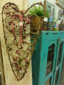 My Sheen Village - Shopping in Sheen - The Long Room - Twig heart with berries and green cupboard
