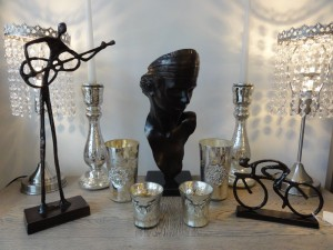 My Sheen VIllage - Shops and Shopping - Shopping in Sheen - Surroundings Furniture - Black metal and silver ornaments