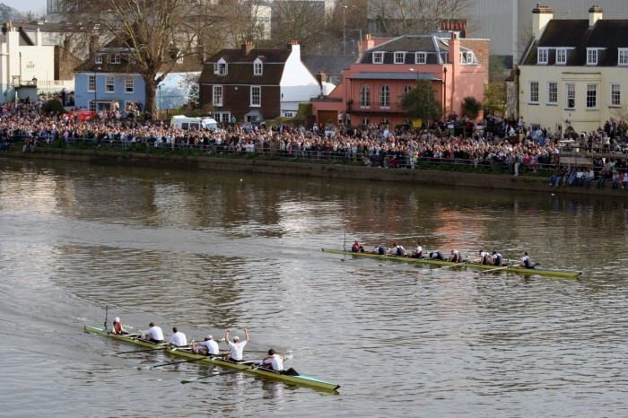 My Sheen Village - Local News, Information, Events - East Sheen, Barnes, Kew, Mortlake, Richmond upon Thames - Boat Race - The finish